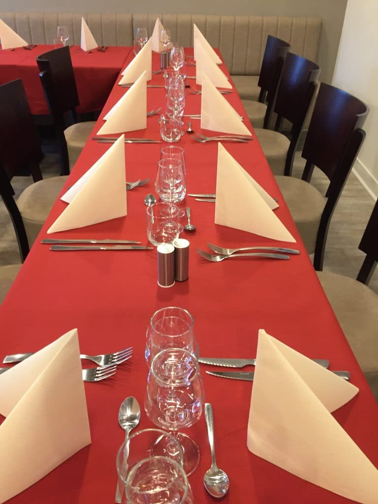 groupe chapelle marais repas famille